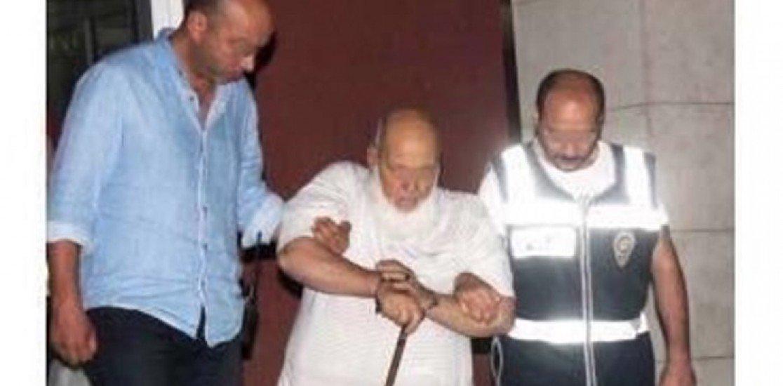 82 yaşındaki Hacı Mustafa Türk, 'kaçma şüphesi var' denilerek yine tahliye edilmedi