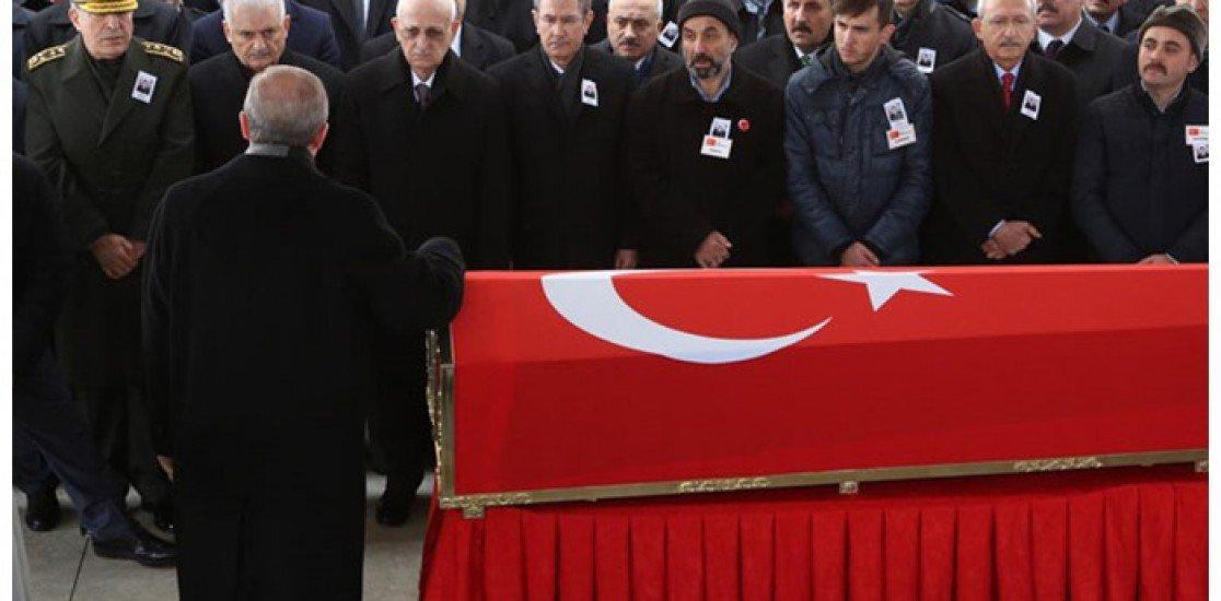 Şehit cenazesi üzerinden propaganda yapan Erdoğan: Operasyon milletin kararı